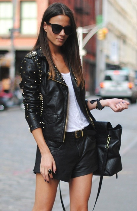 class-plus-sass:  Great Leather Jacket Source: weheartit
