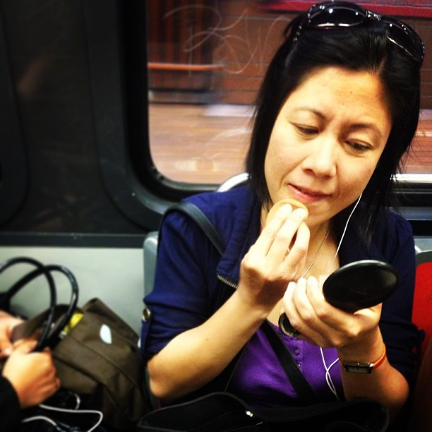 Facetime on the L. #makeup #muni #sf @munidiaries #transit #passengers #sunglasses