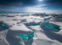 life-of-planet-earth:  Turquoise Ice at Northern Lake Baikal, Russia