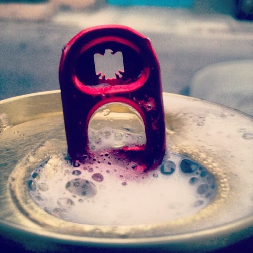 Beer time #beer #cold #tecate #mexicanbeer #cerveza #bubbles #drink