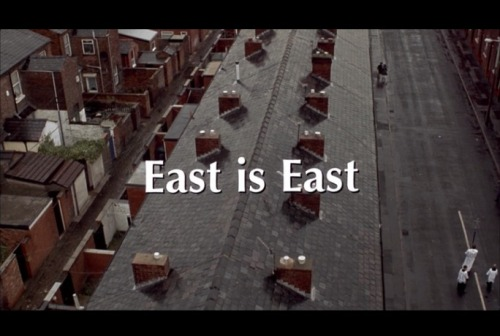 East Is East (dir. Damien O'Donnell, 1999)