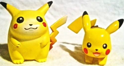 blazing-woman:  glaceons:  1998 Pikachu TOMY figure compared to 2013 Pikachu TOMY figure  Reblog if you think the girl on the left is just as beautiful as the girl on the right. ♥