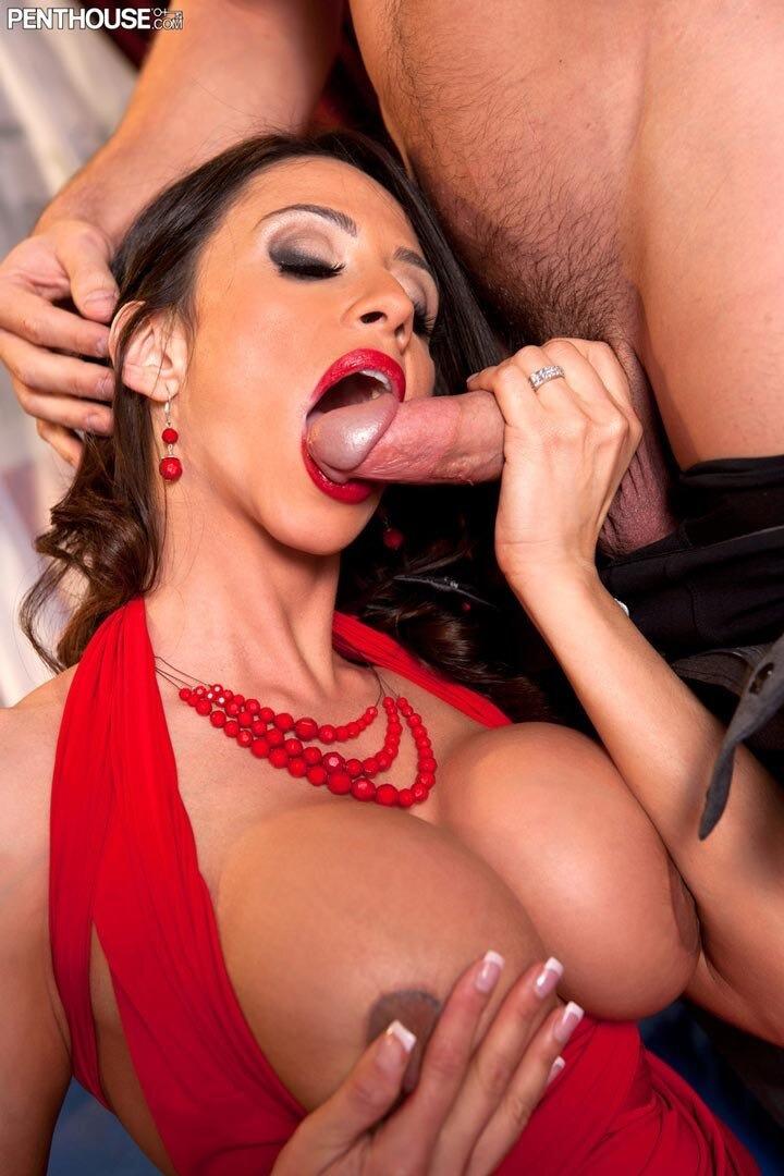 Ariella ferrera boob nude