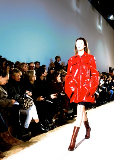 Seeing red via valentineuhovski:  Margiela scarlet.