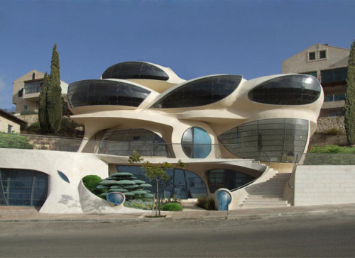 Biomorphic House by Pavie Architects | Tuvie