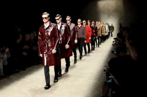 Fashion News: Burberry Heads Home for London Collections: Men After a decade of sending well-tailored gents up and down the runway in Milan, Burberry is coming home this summer, bringing their bi-annual menswear show to London.