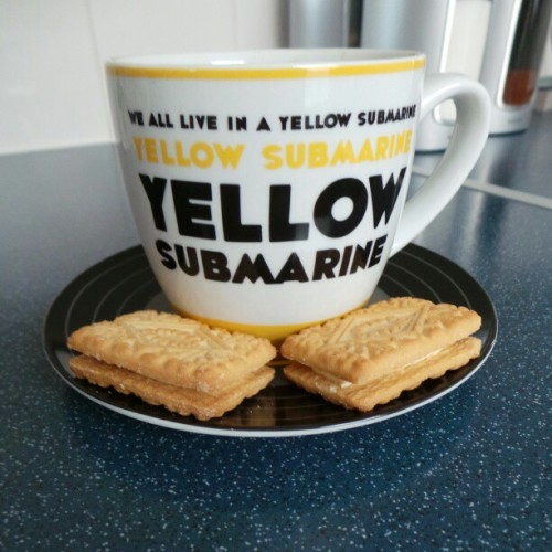 Hot chocolate and custard creams while I watch soccer am. #TheBeatles #biscuits #food