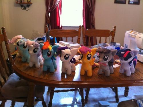 Progress update! Fillies for Trotcon! Still plenty more to make. This must be how a factory worker feels. @-@