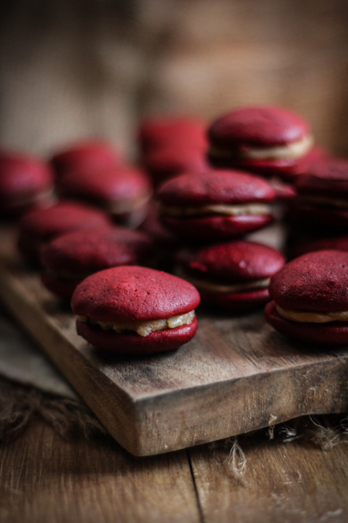 miscellaneousdesserts:  Red Velvet and Salted Caramel Whoopie Pies