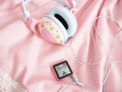 xxlovexangelxx:  Pastel Pink | via Tumblr on We Heart It - http://weheartit.com/entry/62013615/via/XGeneral_LouisX   Hearted from: http://pretty-pastelpink.tumblr.com/post/50877007595/hearted-from