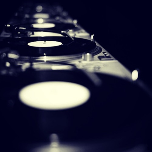 #aycustoms #technics #djs #djsonly #dope #turntables #gearporn #gear #prodj #djing #1200s #SL1200 #turntables #custom #dj #customtechnics #customgear #instagood #powdercoat #djsetup #djlife #instalike by aycustoms http://instagr.am/p/VZVhbqoCKN/