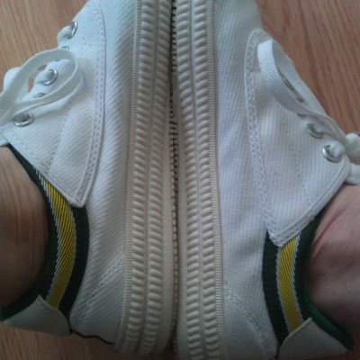 allherfavoritefruit:  my #dunlop #volleys came today!