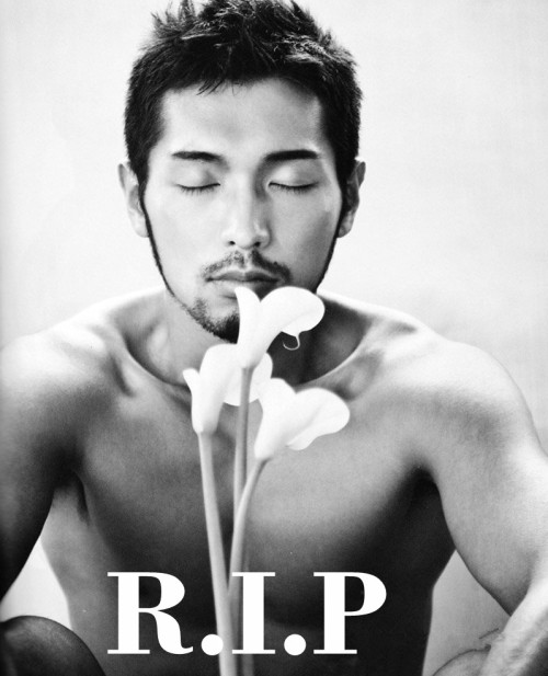 Koh Masaki, famous porn star in Japanese gay industry has passed away this morning… I'm seriously crying right now. I hope his boyfriend is doing alright. </3 They were in long-term relationship, and respected each other's jobs. That's what made them wonderful….[x]-Koh Masaki RIP-