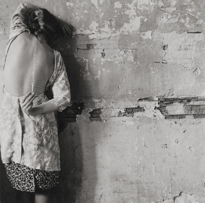 littlelouuglyjackprophetjohn:  Francesca Woodman, Untitled, 1979.