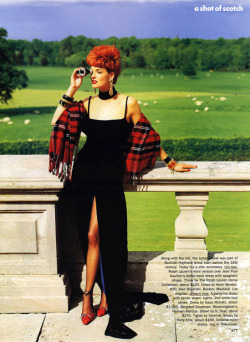 (via A Shot of Scotch « Lovely Rita Blog) Vogue USA, September 1991 Linda Evangelista Photography: Arthur Elgort Fashion Editor: Grace Coddington Makeup: Sonia Kashuk
