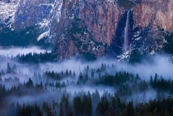 infinite-paradox:  Ahwahnee Dream (by Richard Bernabe)
