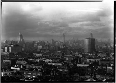 View from the roof of the Christodora House on Avenue B in 1929. (via @evgrieve)