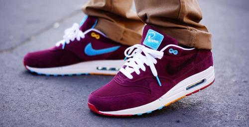vouisluitton:  sweetsoles:  Nike Air Max 1 'Parra x Patta' (by Hichem OG)  ok, I don't like AM1's but these hard as fucking shit