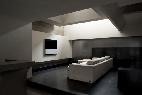 house of silence | living ~ form | kouichi kimura architects