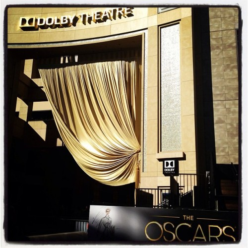 Gold on gold on gold, beauty shot at #dolbytheatre (at Dolby Theatre)