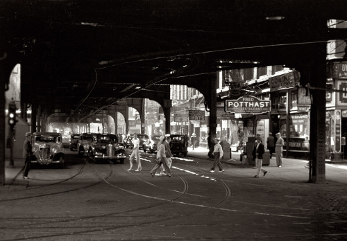 bygoneamericana:  Under the El. Chicago, 1940. By John Vachon  The sad part is that I think this storefront is now an Arby's