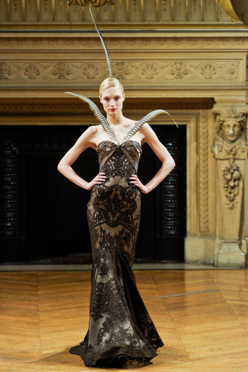 Alexis Mabille, Fall 2011 Couture