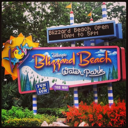 First time at Blizzard Beach with @katieesimms !  (at Disney's Blizzard Beach)