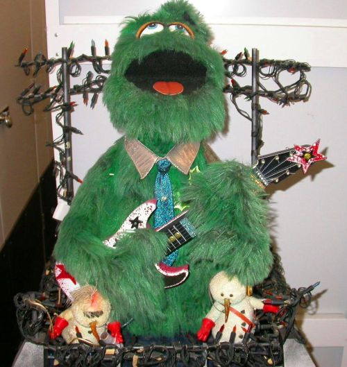 Spruce Springsteen - Muppet Wiki A special Muppet created for a 1988 Christmas auction.