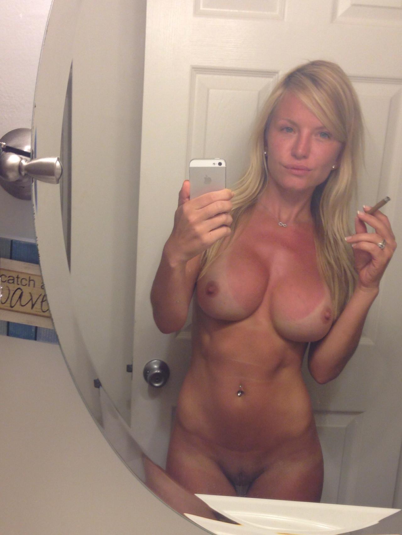 Mom naked selfies