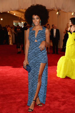 mainaddiction:  Solange Knowles wearing Kenzo at the Met Gala 2013