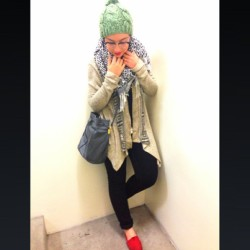 Chilly night in LA #ootd #hijabswag #hijabfashion #hijabstyle #hijabtrends #chichijab #hijab #hijabista #beanie #toms #red # (at La Maison Rim )