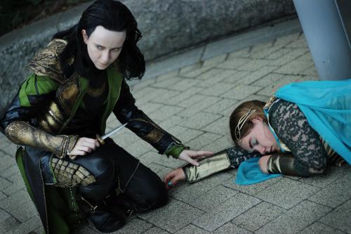 theshatteredsilhouette:  If Loki had gotten there… Loki | theshatteredsilhouetteFrigga | queenfriggaPhotographer | myrddin-emrys