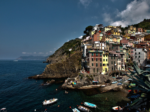 Riomaggiore by nedualismineregole on Flickr.