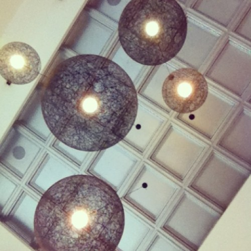 #instafood #jakarta #instaplace #ceiling #white #interior (at Hong Kong Café (HKC))