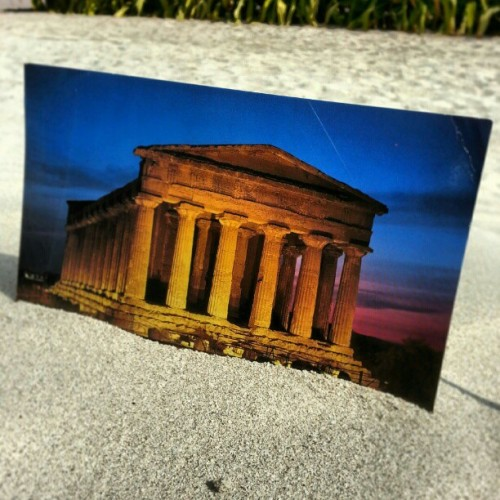 #postcard #photo of #UNESCO world #Heritage site #Temple of #Concordia in #ValledeiTempli (valley of the temples) #Agrigento #sicily #Italy from my brother Pietro! grazie!  #tempiodellaconcordia #templeofconcordia #templevalley #temple #instaitalia #igitaly #instapostcard #like #follow #Pic #beach #وادي_المعابد #instasicily #بطاقة #Greek #peristasis #إيطاليا #architecture  (at Tempio Della Concordia)