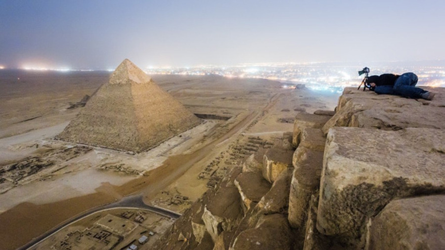 Illegally climbing the great pyramid in Egypt to take an amazing photograph? Sounds like my kind of fun.