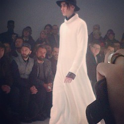 Like it!! #pfw #anndemeulemeester #fashionmen #tedoreloves