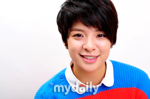 F(x): Amber - MyDaily Photos (1)