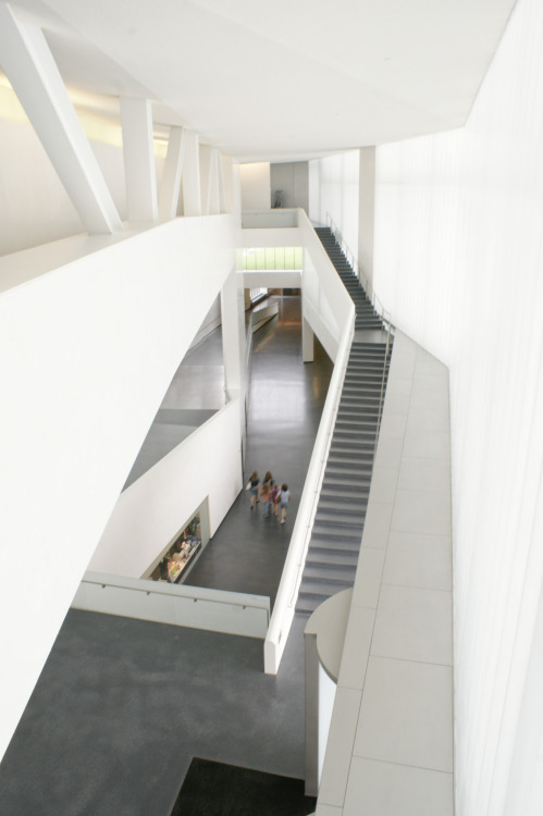 THE NELSON-ATKINS MUSEUM, Steven Holl Architects @ Kansas, USA