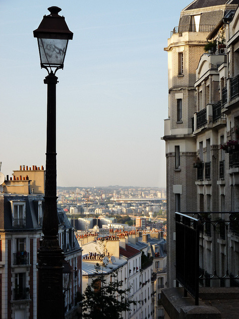parisbeautiful:  sans titre by Lucie C. de Raymond on Flickr.