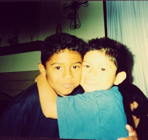 jacobprincetonperez:  Prince and his cousin elijah