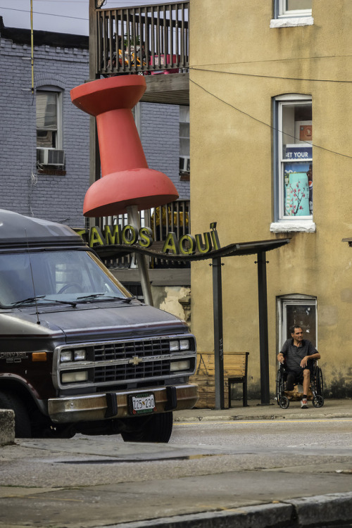 Put a giant push pin in your van so you know where you parked it.