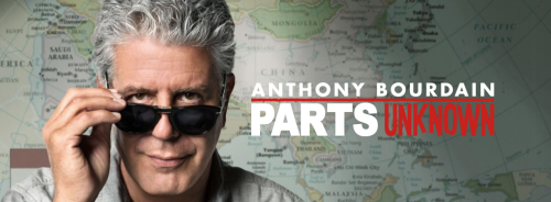 "Dans votre téléviseur : PARTS UNKNOWN ""Anthony Bourdain: Parts Unknown"" new show takes you to exotic global destinations through Bourdain's unique lens. (…) Bourdain travels to remote areas within the province of Quebec where he samples local delicacies, explores ice fishing and beaver hunting and spends time with two of funniest and most brilliant chef/restauranteurs in Canada, Joe Beef's Dave McMillan and Fred Morin."
