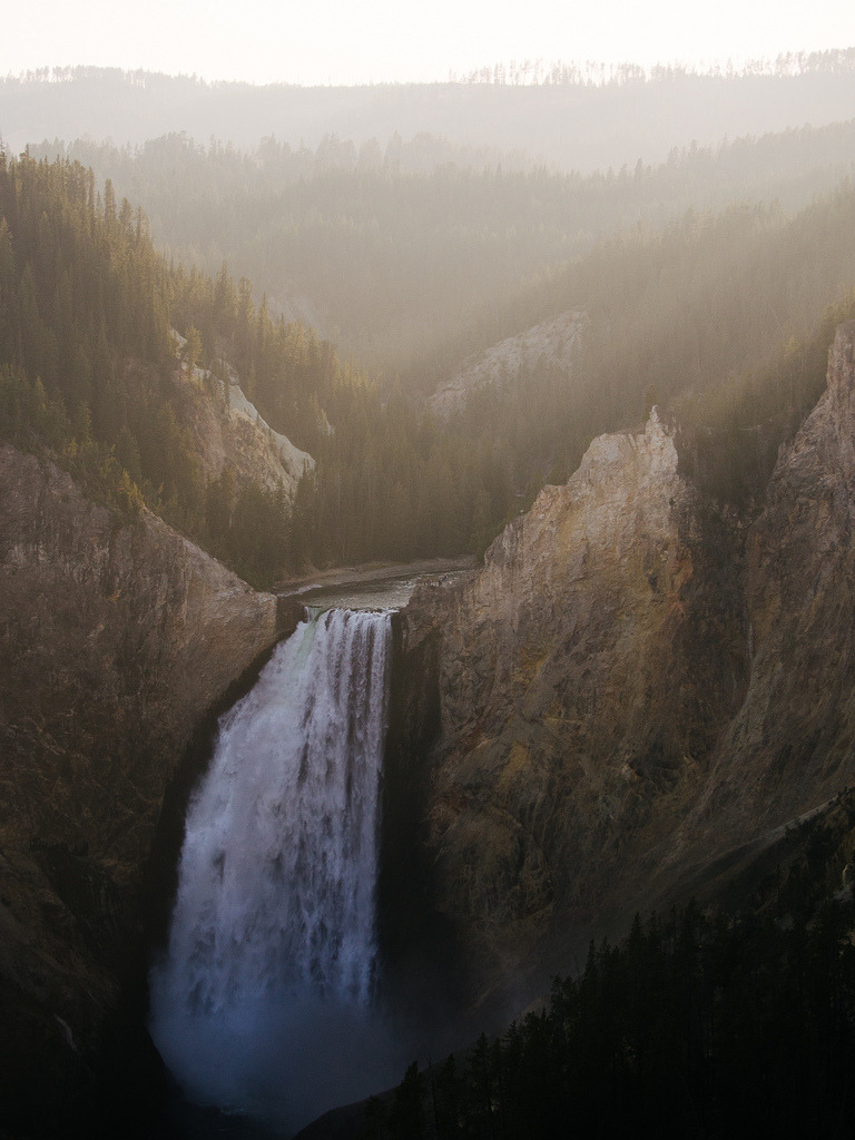 just-breezy:   Yellowstone Falls / BurlapZack