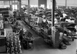 Porsche 356 C – 1960s Production Line