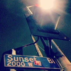 sunrise to sunset. #sticker #slaps #streetart #stickers #slaps #streetartla #stickerporn #losangeles #akirophoto #sunset #california