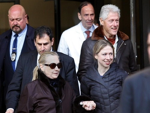 breakingnews:  US Secretary of State Clinton discharged from hospital NBC News: US Secretary of State Hillary Clinton briefly leaves New York Presbyterian Hospital with husband, Bill, top, and daughter, Chelsea on Wednesday. She later returned and was then formally discharged.  Clinton had not been seen in public since Dec. 7 and has undergone treatment for a blood clot that stemmed from a concussion she suffered in mid-December. Photo credit: Joshua Lott / Reuters  There was something of a snafu amongst media networks earlier today, when it was incorrectly reported that Secretary of State Clinton had been released from hospital care. Thankfully for everyone, most of all Secretary Clinton herself, it only took a few more hours for her release to truly occur.