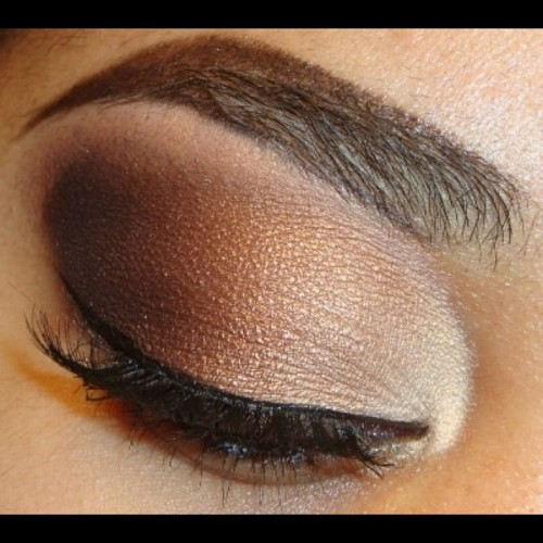 #EOTD My go to smokey brown eye. I put #MAC Femmi FI on my inner corner then ill blend a bronze, brown and dark brown or black toward my outer corner (I used #bhcosmetics palette for other eyeshadows) http://www.youtube.com/makemeupbywhitney #makeupandkiss #makeup_loooks33 #mmuxwhitney #eotd #eyeart #novoncealerbrows #eyeliner #elfmakeup #eyeshadow #browneyes #mac #makeup #mascara #macmakeup #makeuplover #makeupwhore  #maccosmetics #makeuphoneys #makeupforever #makeupftw #beauty #browneyes #bhcosmetics #ardell #ilovemacgirls #ilovemakeup #neutralcolors #neutraleyeshadow