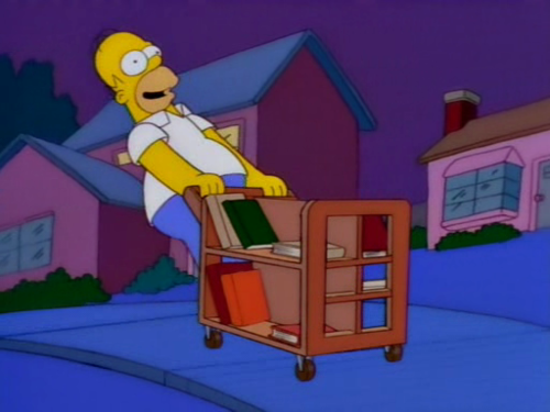 the-simpsons-blog:  Must kill moe… Weeeeee!  moar simpsons