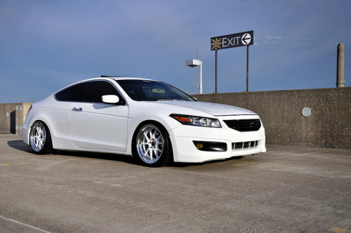 Honda Accord Coupe Slammed on Concept One Executive CSL 5.5 on Flickr.
